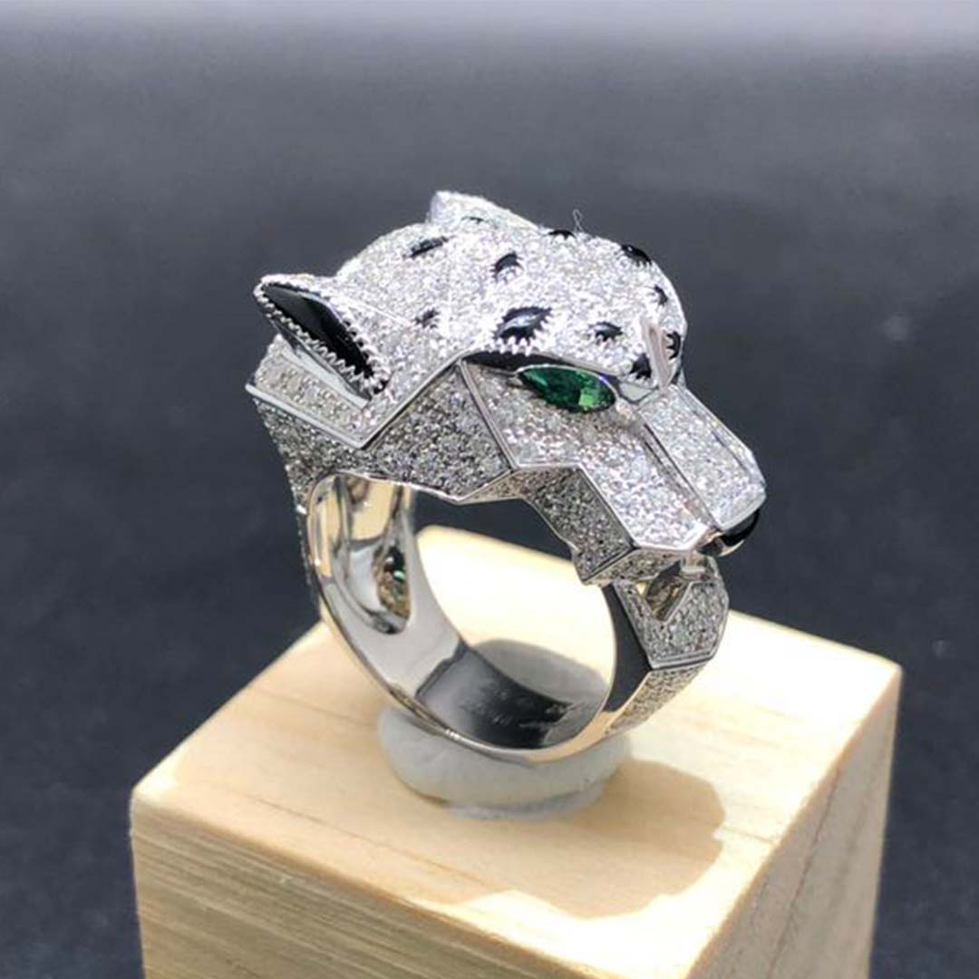 Panthere de Cartier 18k White Gold Full Diamond Pave Onyx Emerald Ring N4211000