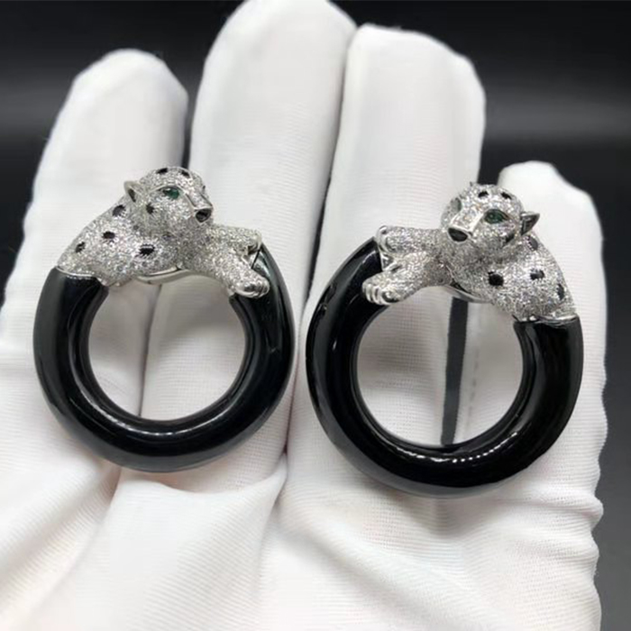 Panthere de Cartier Earrings 18k White Gold with Diamonds and Onyx