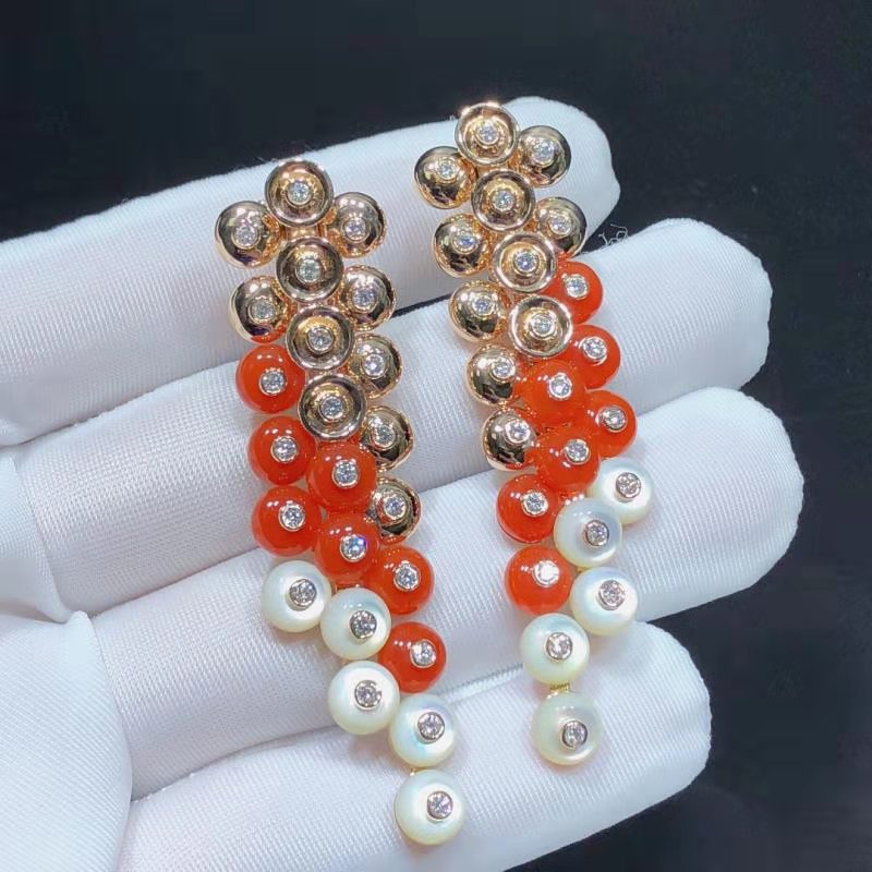 Van Cleef & Arpels Rose Gold Carnelian and White MOP Bouton d'or Earrings VCARO77300